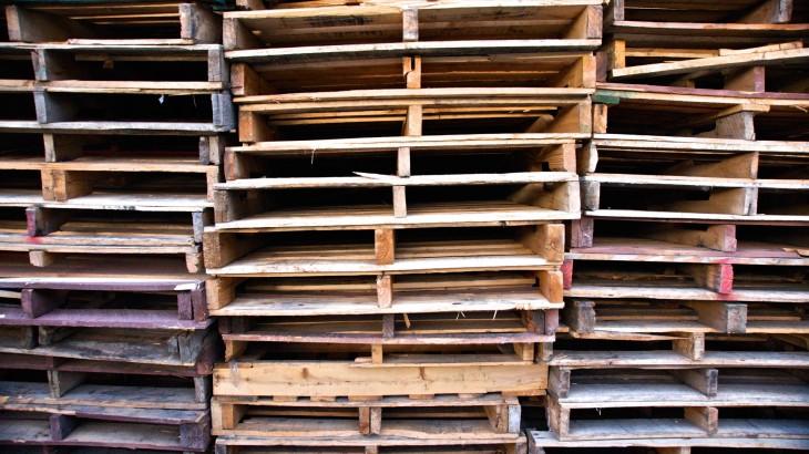 Riciclare le pedane in legno